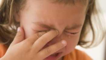 Лечение глаз детей народными средствами